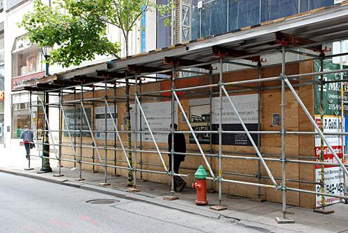 16th & Walnut, overhead protection, sidewalk shed, Superior Scaffold, 215 743-2200, rental