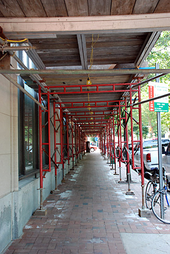 Independence Building, Philadelphia, PA, frames, overhead sidewalk protection, Superior Scaffold, 215 743-2200