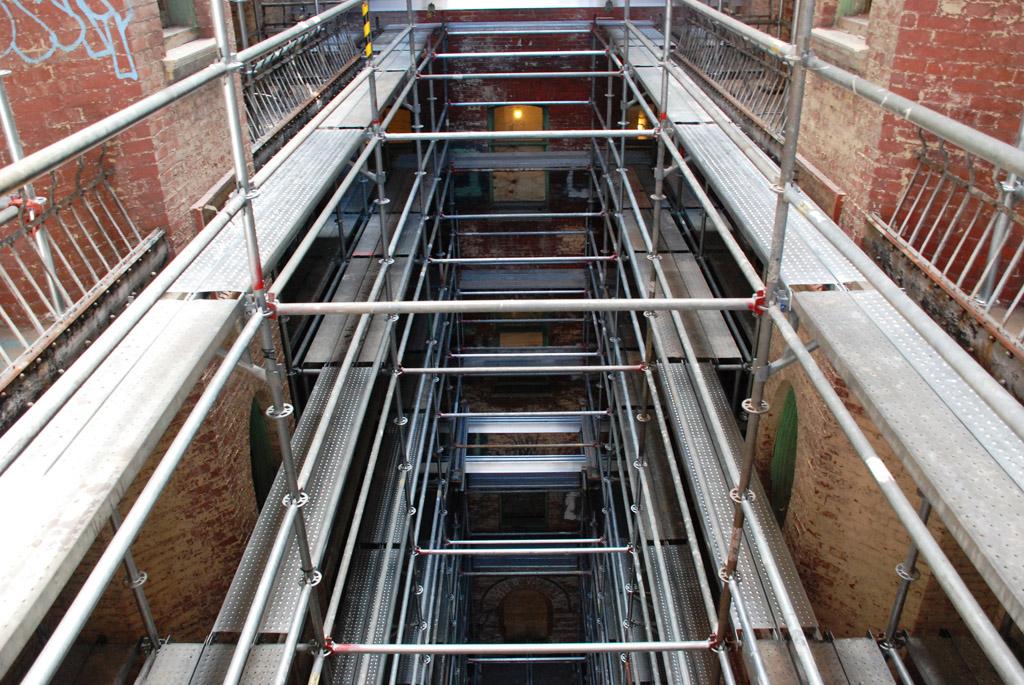 scaffolding, scaffold, superior scaffold, 215 743-2200, philadelphia, pa, de, md, nj, new jersesy, shoring, renovation, masonry, construction, divine lorraine, 097