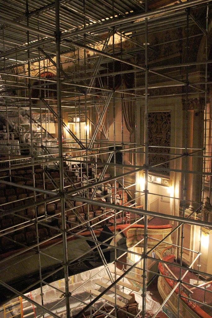 scaffolding, scaffold, rental, rents, rent, philadlphia, superior scaffold, 215 743-2200, nj, md, de, forrest theater, 5518