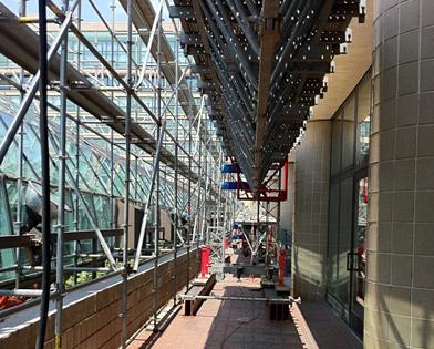 Golden Nugget Casino, Atlantic City, NJ, under mast climber, Superior Scaffold, 215 743-2200