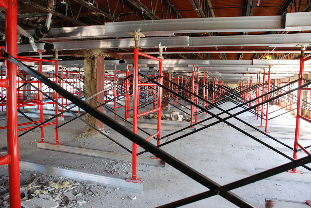 shoring, scaffolding, scaffold, mast climber, rent, rental, rents, 215 743-2200, superior scaffold, pa, philly, philadelphia, 306