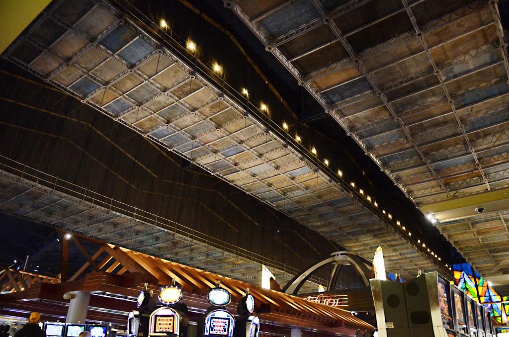 Seneca Niagara Casino, Niagara Falls, NY, Superior Scaffold, scaffolding, multipoint suspended scaffold, rents, 215 743-2200