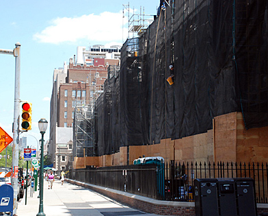 University of Pennsylvania, netting entire block, quadrangle, scaffolding, Superior Scaffold, 215 743-2200