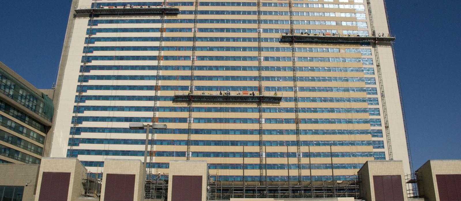 mast climber, masonry,