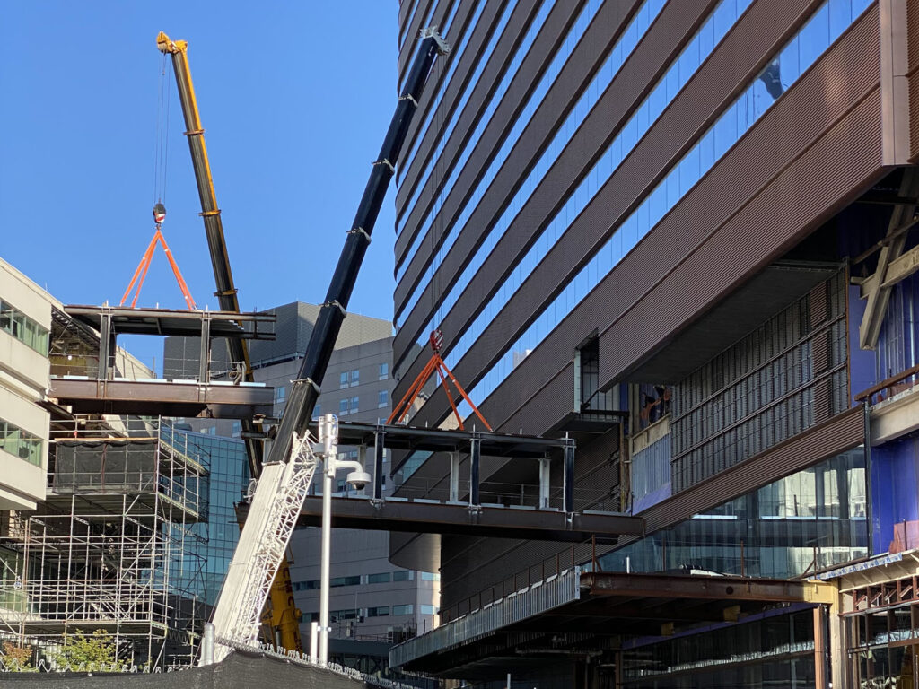 superior scaffold, scaffolding, penn medicine, crane, bridges, pavilion, access